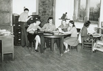 1930s at the round table