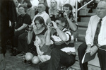 1998 commencement crowd